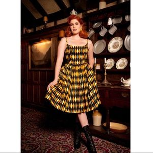 Pinup Couture Jenny Dress Yellow House Harlequin